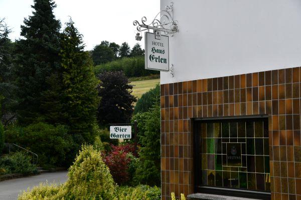 Haus Erlen entrance biergarten